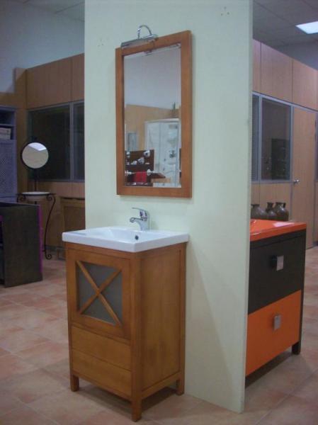 F brica de muebles roseban muebles de cocina yuncos for Fabrica italiana de muebles