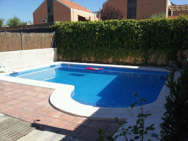 Piscinas alfonso ramos construcci n de piscinas batres for Mantenimiento de piscinas madrid