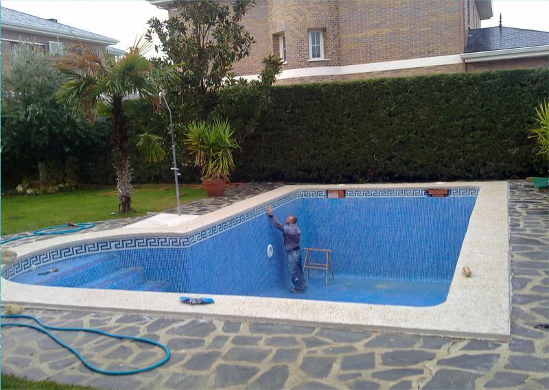 Piscinas alfonso ramos construcci n de piscinas batres for Construccion de piscinas en mallorca