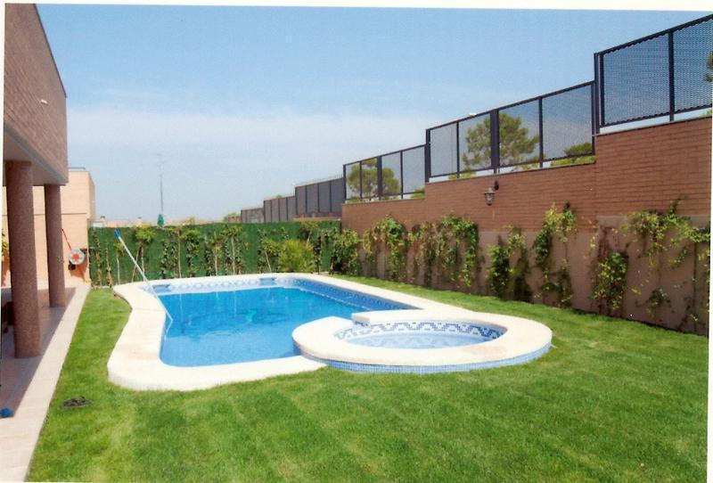 Piscinas alfonso ramos construcci n de piscinas batres for Piscina sedavi