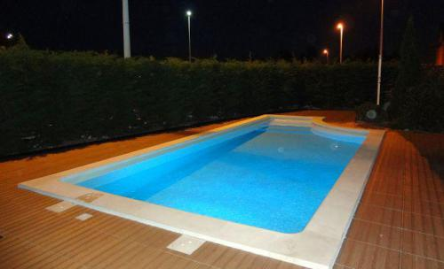 Accesorios para piscinas en cantabria - Piscinas en santander ...