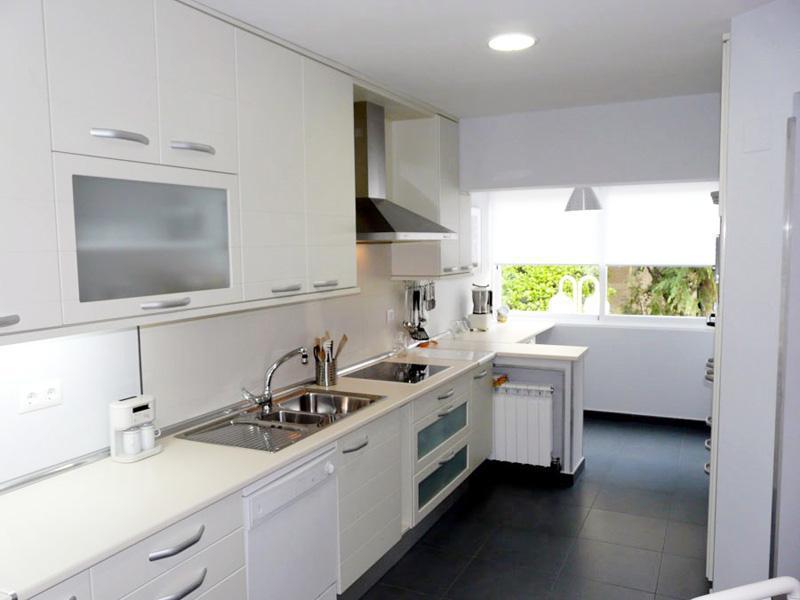 Cocinas luan muebles de cocina collado villalba for Muebles ballesta baza
